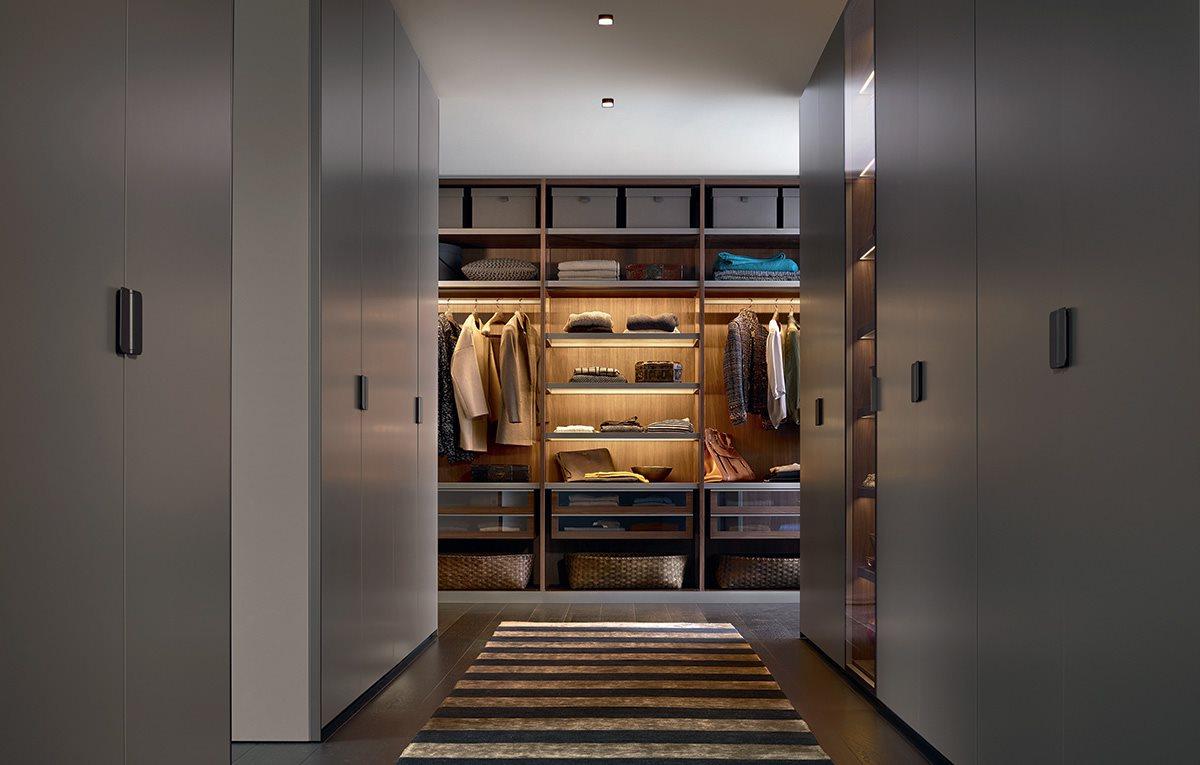 Closet 04